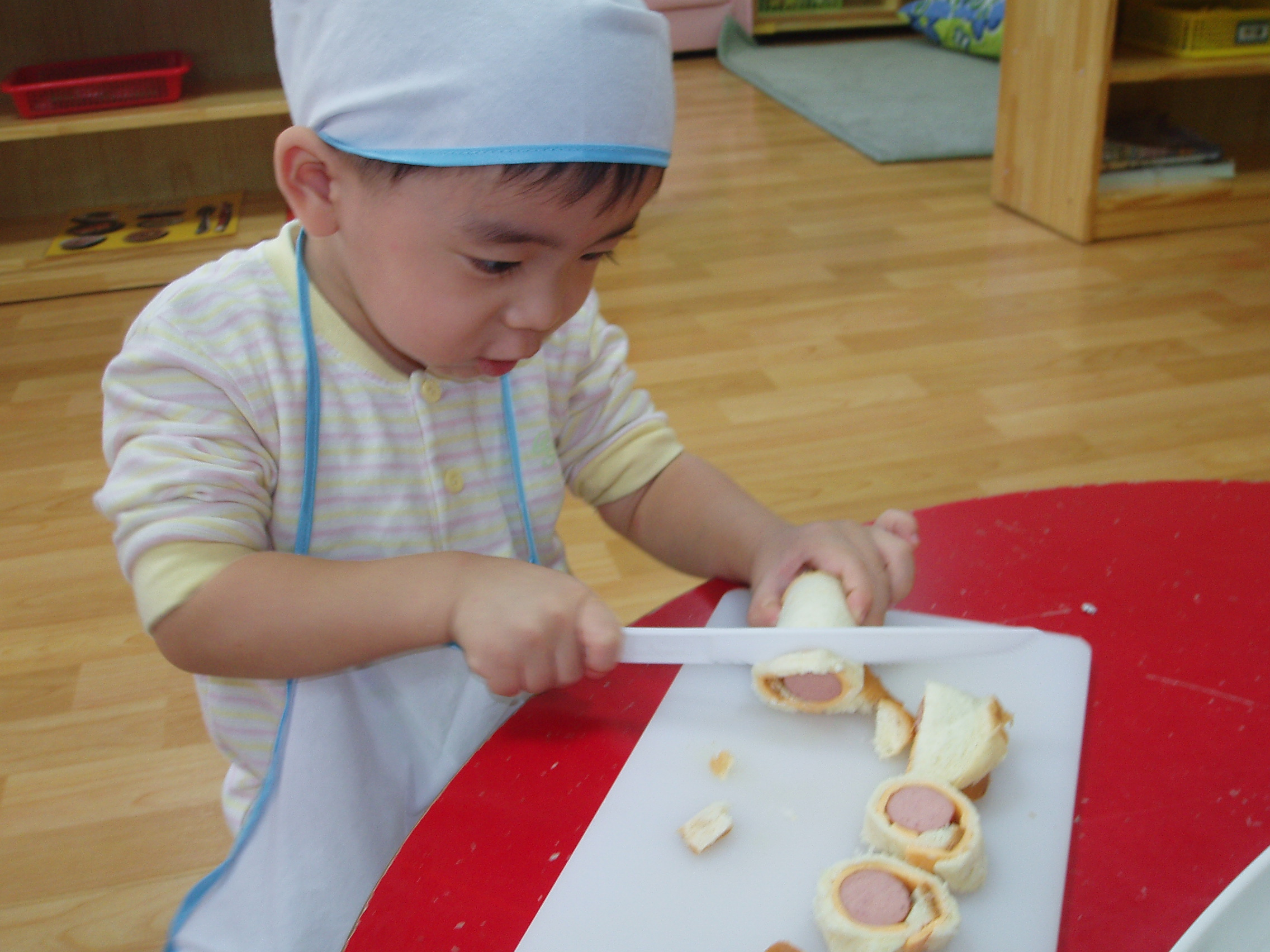 c53418075eec78 어린이집에서 한달에 한번 정도 요리만들기를 하는데